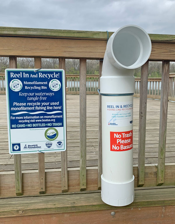 Monofilament recycling container